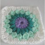 How to Crochet the Starburst Granny Squares 5″