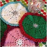 Christmas Tree Crochet Doily with Free Pattern