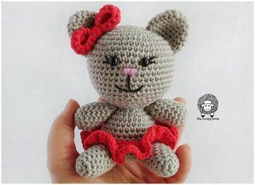 "Clawdia Cat is a sweet little crochet cat 5"""