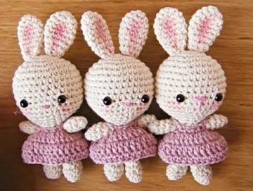 Amigurumi Sweet Crocheted Bunnies with Cute Dresses with Written Crochet Pattern in English