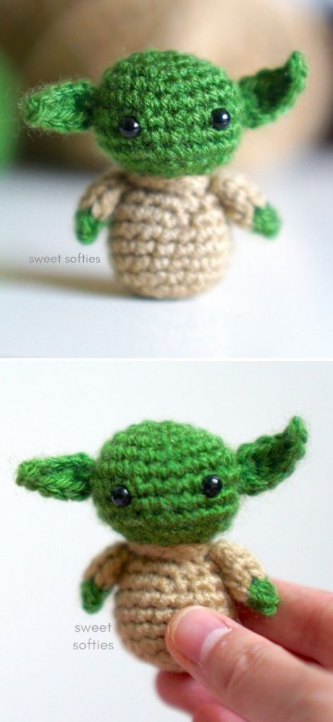 Tiny Baby Yoda